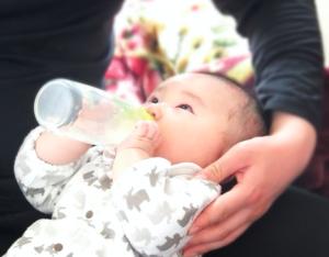 卒乳の時期やお勧めの方法は?卒乳できない時の対処法とは!