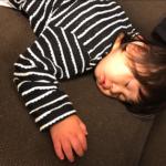 子供を一人寝させるタイミングやコツは?寝かしつけから卒業しよう!